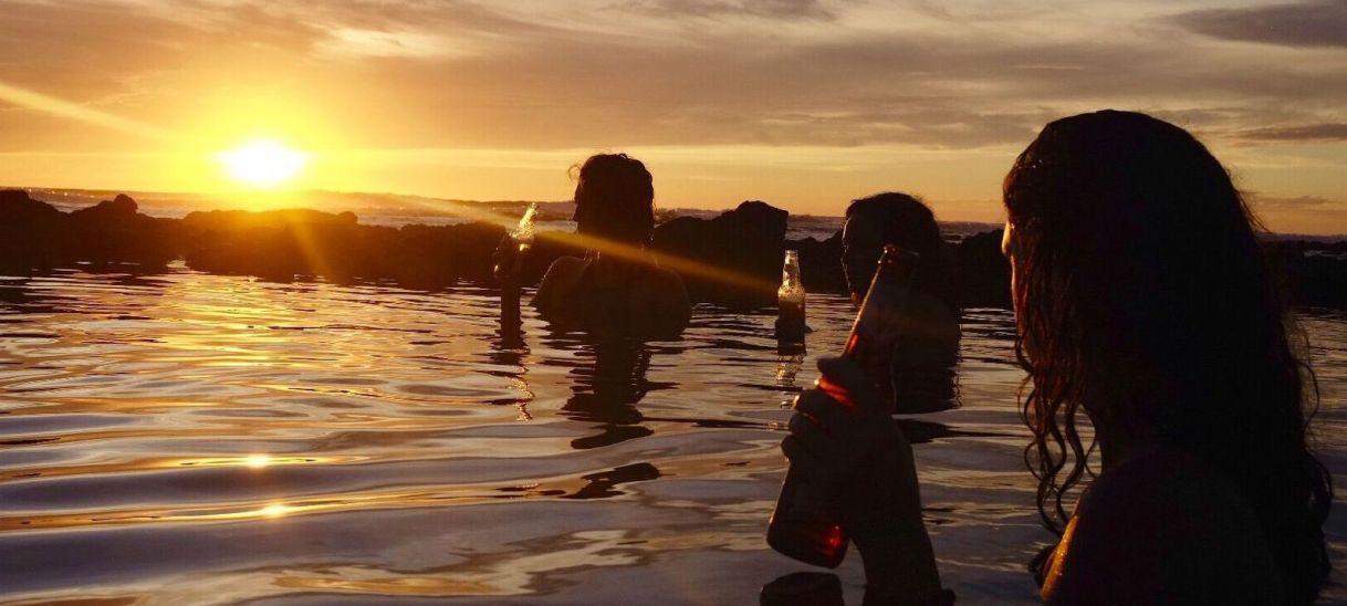 Los Clavos SurfCamp